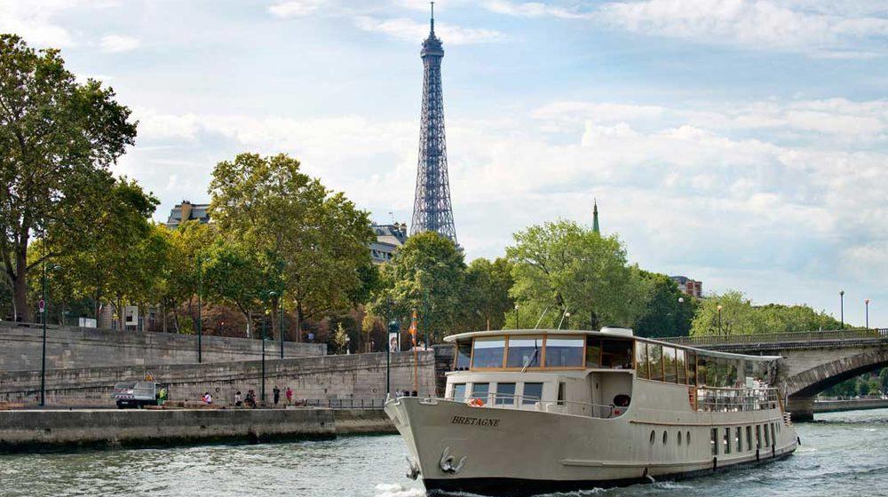 Bateaux Parisiens - Dîner Croisière 13