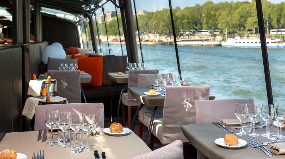 Bateaux Parisiens - Déjeuner Croisière Service Privilège